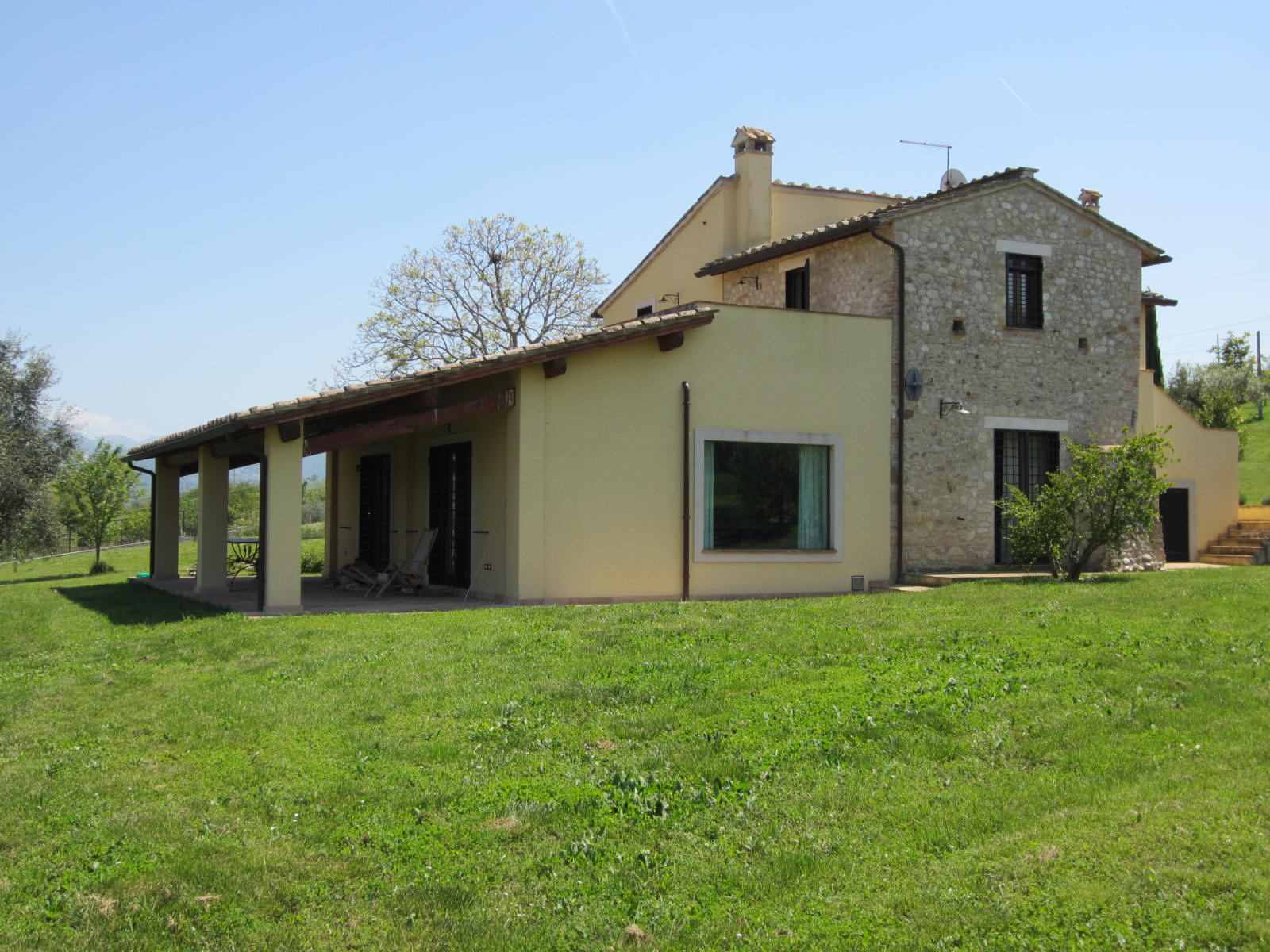 Villa in campagna come proteggerla for Idee per case di campagna