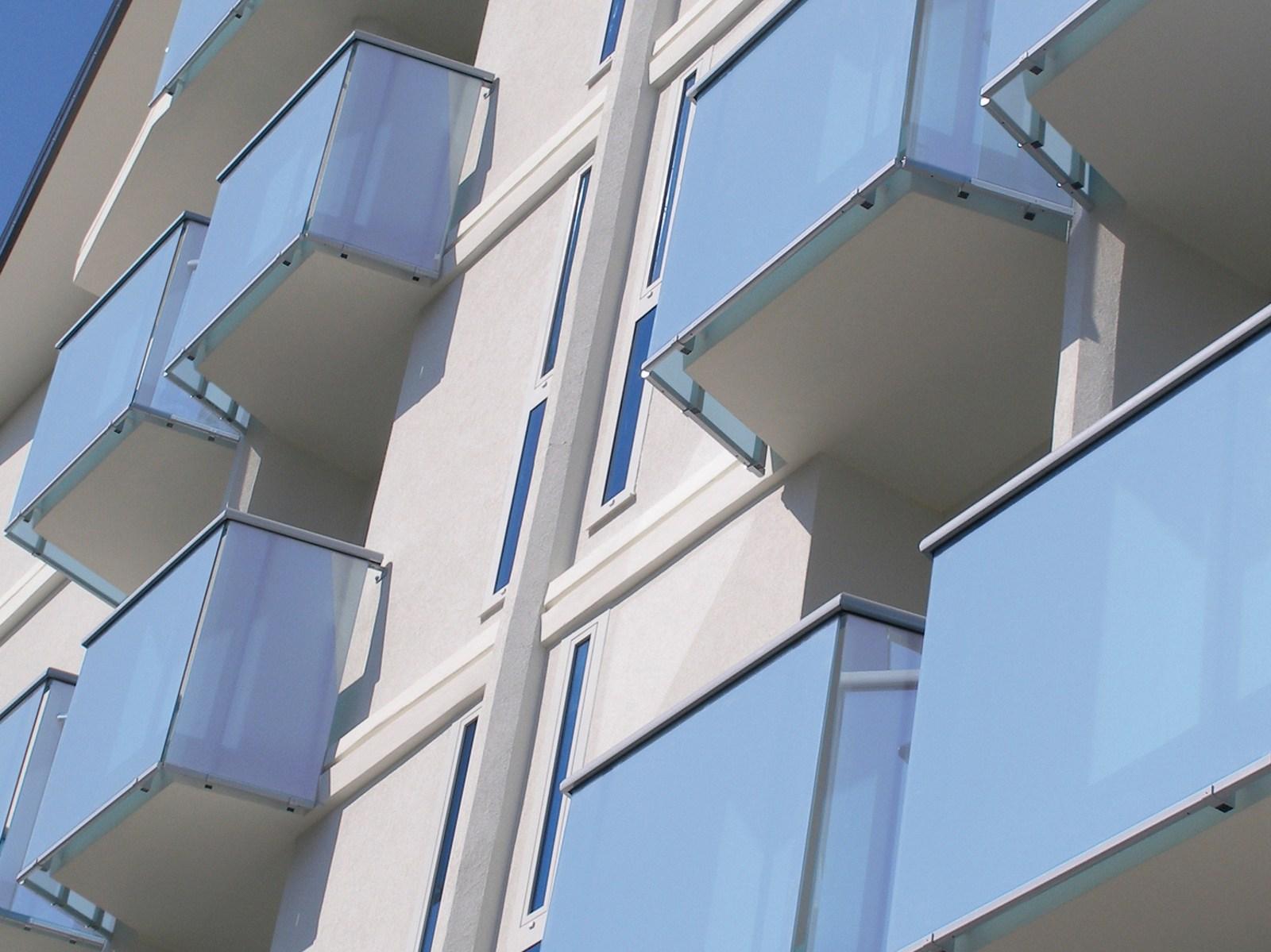Sistema antifurto per balconi