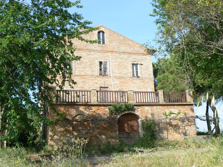 Protezione di una casa su tre livelli