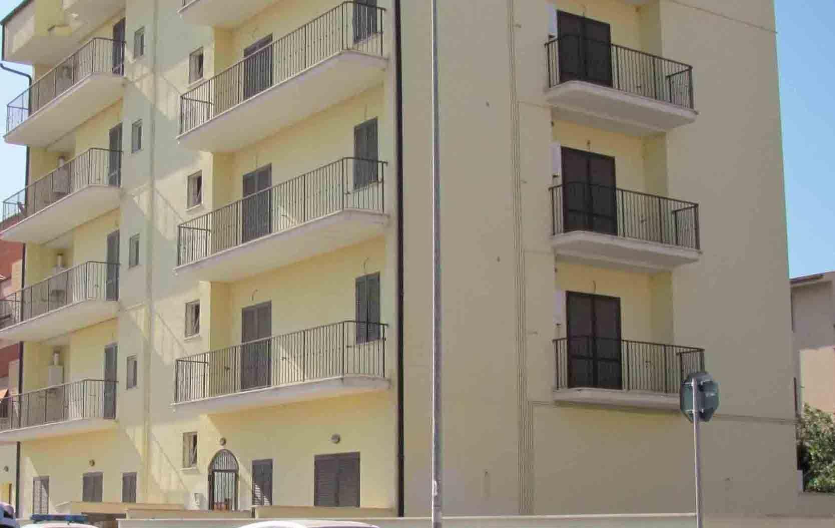 Quale protezione per un appartamento su due livelli for Piani casa su due piani degli anni 60